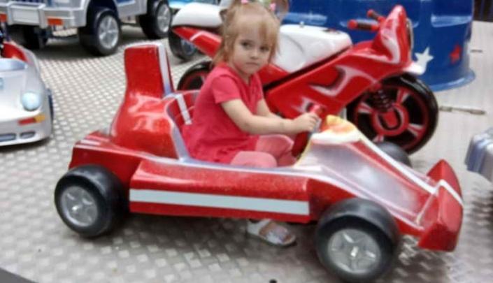 В Омске пропал ещё один трёхлетний ребёнок — девочка ушла со двора в частном доме