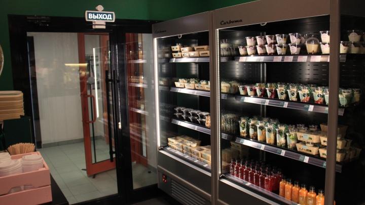 Совладелец «Дяди Дёнера» начал открывать в Новосибирске кафе-магазины со здоровой едой