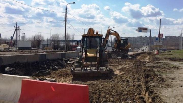 В Волгограде ремонтируют дорогу к элитному посёлку чиновников