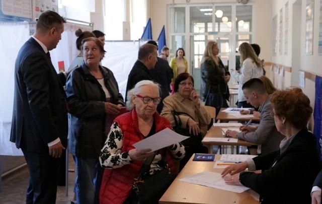 «Пять раз приезжала полиция»: в Челябинске праймериз обернулись скандалом