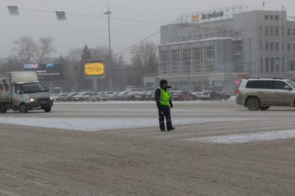 Светофоры отключились на нескольких перекрёстках в центральной части города