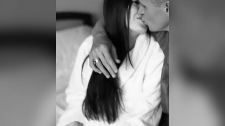 Дмитрий Тарасов поделился в Сети трогательным видео родов своей супруги Анастасии Костенко