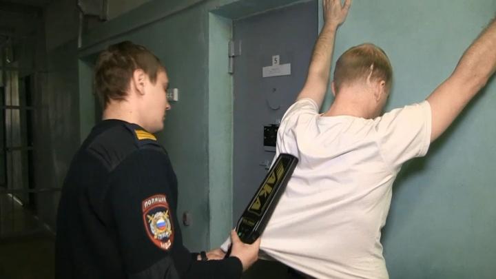 «Был пьян и глуп»: в Екатеринбурге задержали лжеминера, из-за которого эвакуировали «Эльдорадо»