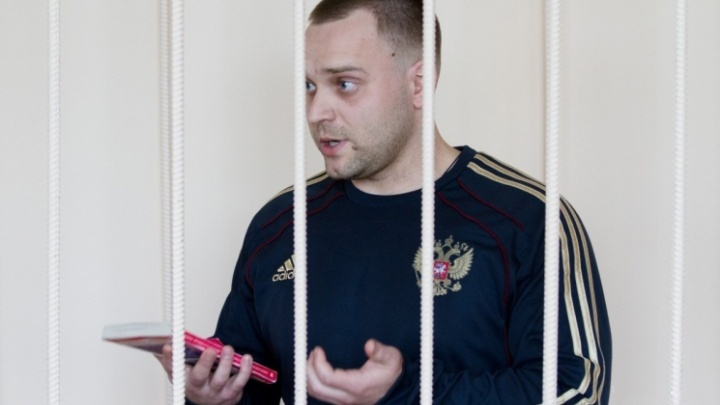 «Старшим барака сделаем»: экс-следователь челябинского СК по громким делам заявил о давлении ФСБ