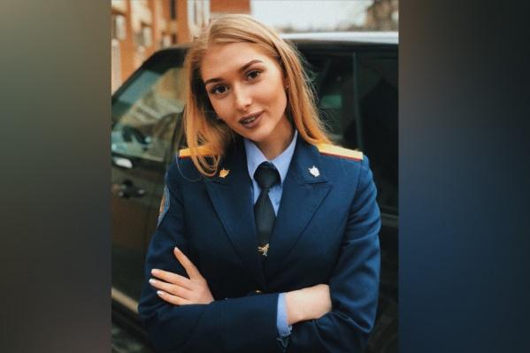 Тюменская модель Екатерина Ковязина неоднократно участвовала в конкурсах красоты.Сейчас она живет в Москве, учится на юриста