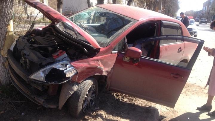 Врезался и отлетел в дерево: в массовом ДТП в Арзамасе погиб водитель иномарки