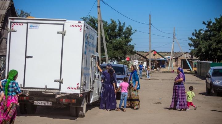 «Цыгане из Чемодановки в Волгограде не останутся»: автобусы с табором уехали в Астраханскую область