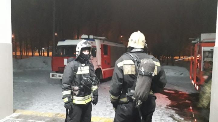 В Ярославле загорелось здание колледжа