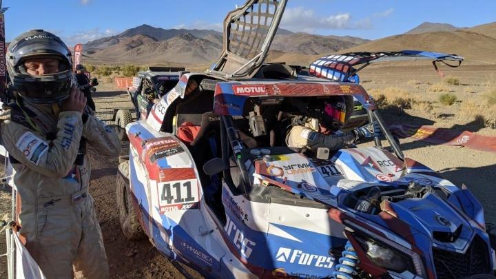 «Самый тяжелый спецучасток в жизни»: экипаж Сергея Карякина финишировал вторым на третьем этапе «Дакара»