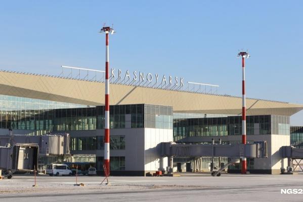 Сейчас из нового терминала можно улететь только внутренними рейсами