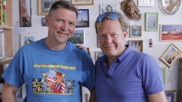 Ведущий НТВ Джон Уоррен снял сюжет о краснокамце, который создает скульптуры из макарон