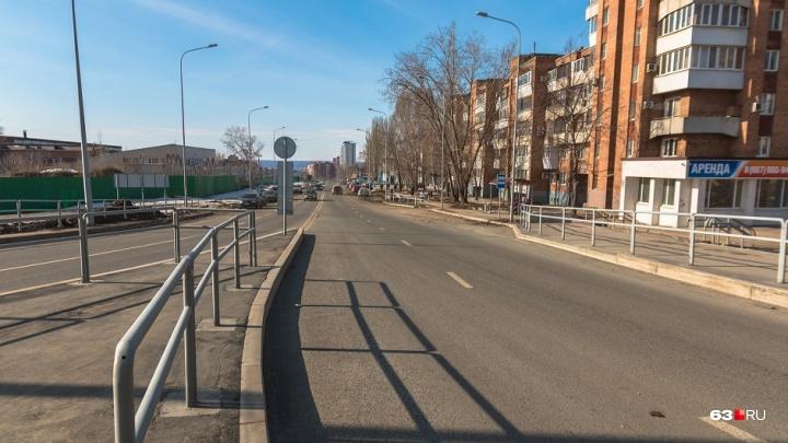 Чиновники назвали новый срок, к которому на улице Луначарского должны включить освещение