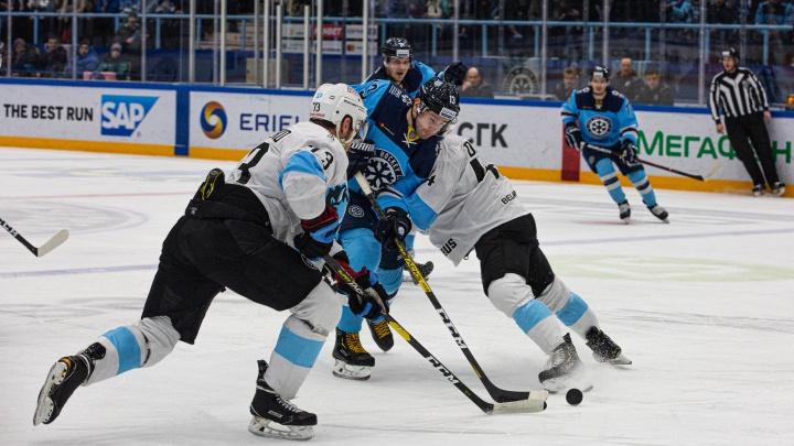 Хоккеисты «Сибири» обыграли минское «Динамо» в домашнем матче