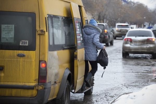 Сейчас проезд на маршрутке составляет в среднем 25 рублей