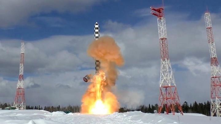 Минобороны объявило о начале испытаний созданной в Красноярске межконтинентальной ракеты «Сармат»