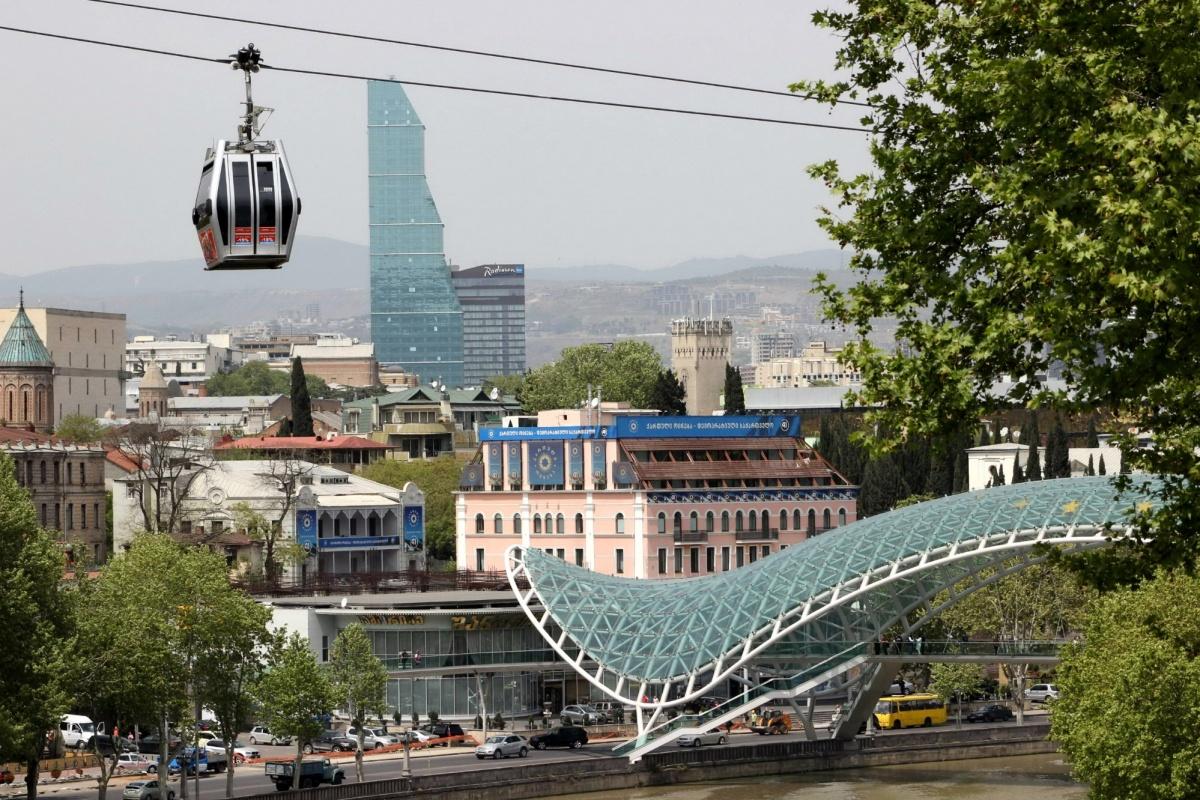 Тбилиси смотрится как современный европейский город. По крайней мере местами. Фото Стаса Соколова