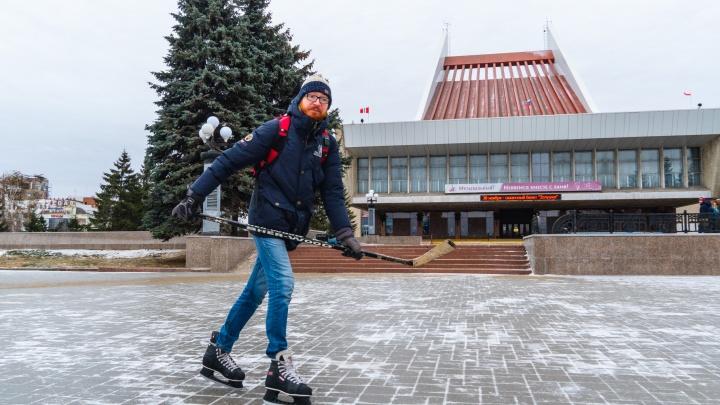 На коньках по улицам: бросаем вызов скользким тротуарам Омска