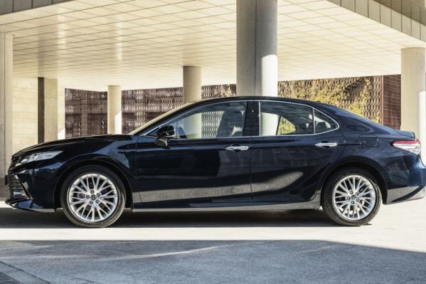 Фонд намерен приобрести чёрный автомобиль
