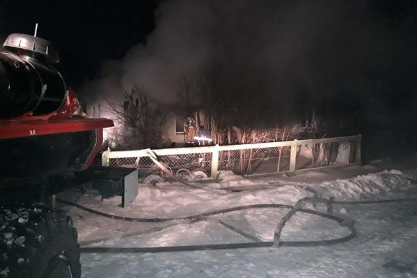 Сообщение о пожаре поступило в 01:42 12 января