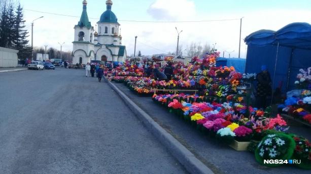 Мэрию обязали найти места под новые кладбища в Красноярске и лучше ухаживать за старыми