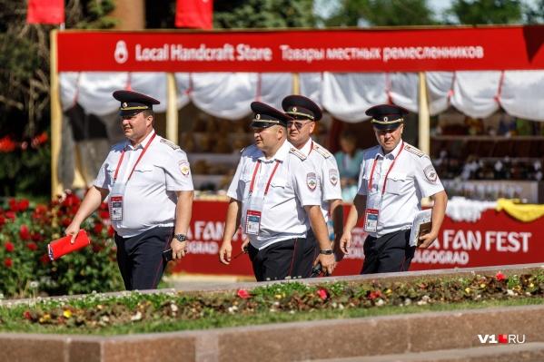 Полицейские приезжали в Волгоград охранять чемпионат мира по футболу со всей России