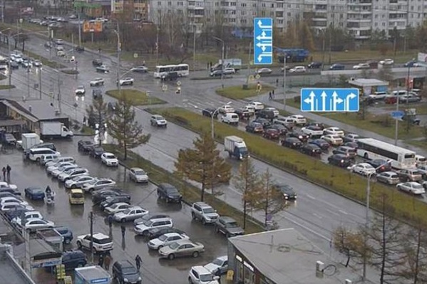 На перекрестке 9 Мая — Комсомольский разрешат поворот с 2 полос