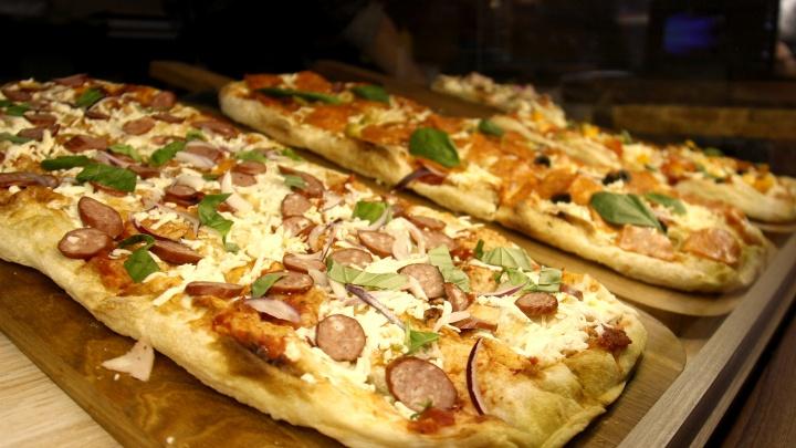 Пицца вместо бургеров: на месте закрытого «Макдоналдса»появились кафе новосибирских рестораторов