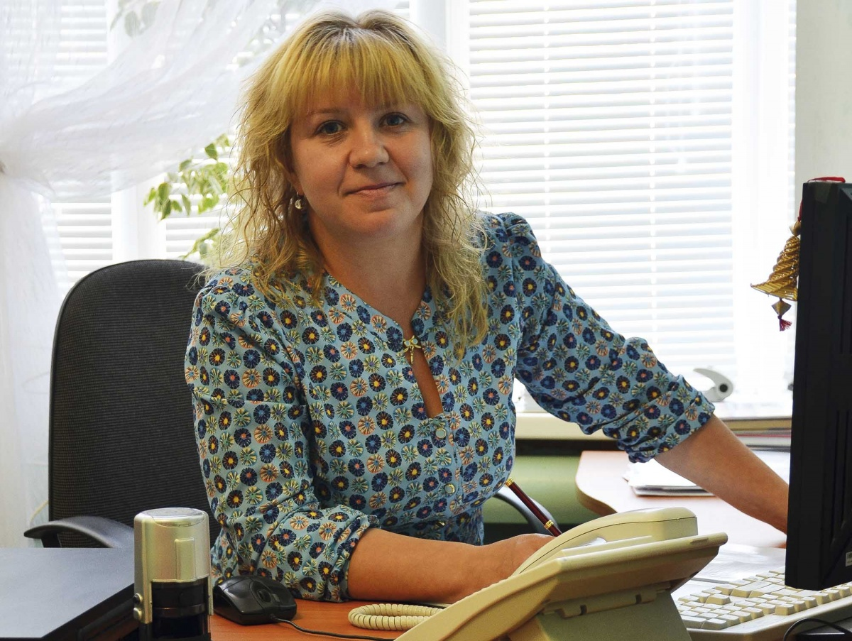 Наталья Матвеева отказалась выполнять указание управления образования и выбивать долги за ЖКХ с родителей