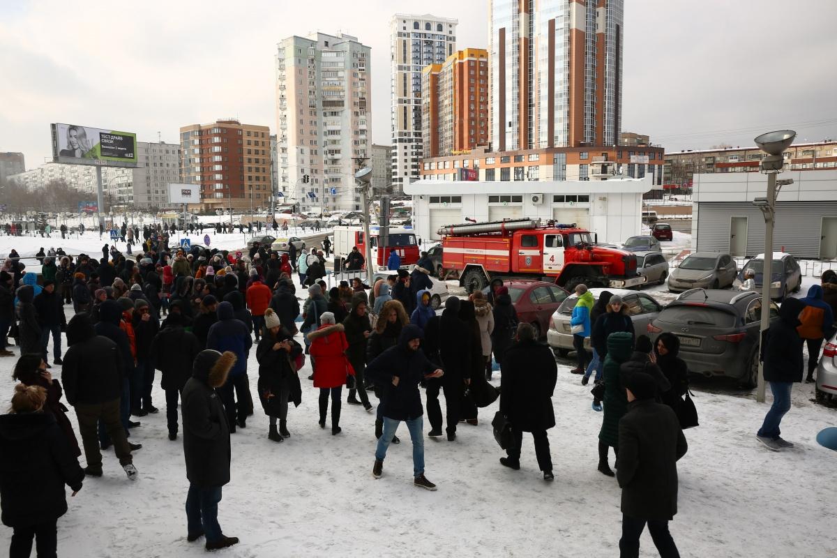 В бизнес-центре, из которого эвакуировали сотрудников, 21 этаж
