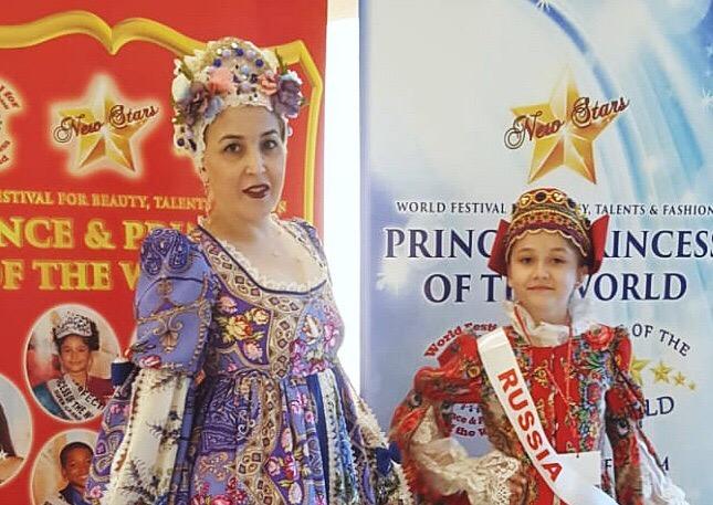 Ирина и Анастасия Терещенко на конкурсе красоты в Болгарии