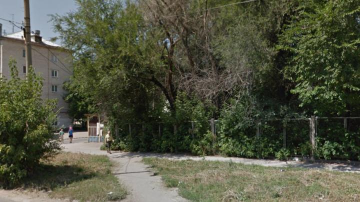 «Нам не нужна воскресная школа»: самарцы попросили сохранить сквер на Мехзаводе