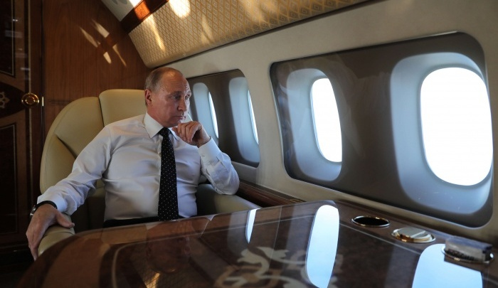 Президентский самолёт сел в Толмачёво