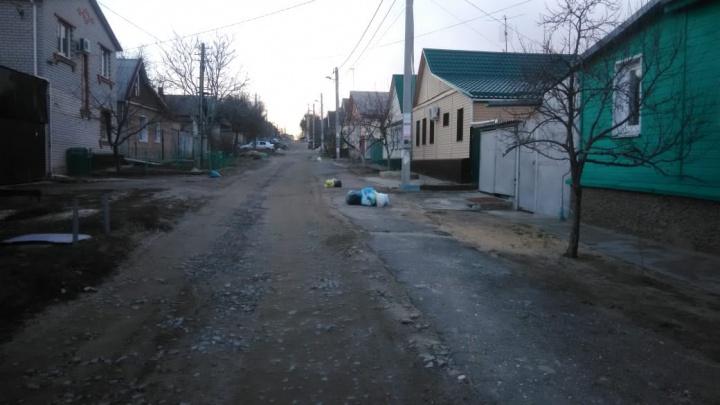 «Целый день прошел в ожидании мусоровоза»: волгоградцы оценили работу регоператора ТКО на «кол»