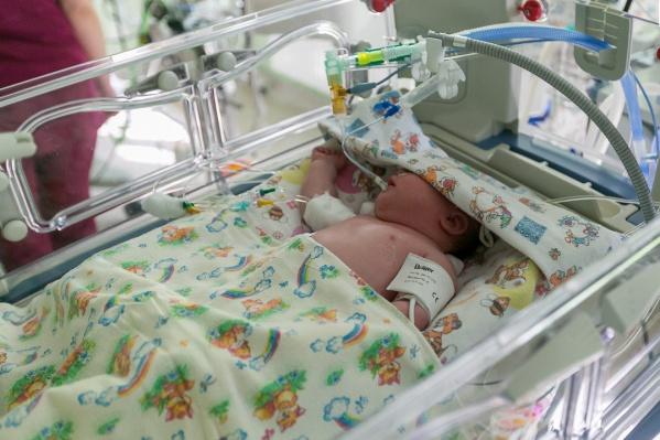 Малыш родился здоровым, с ним все в порядке