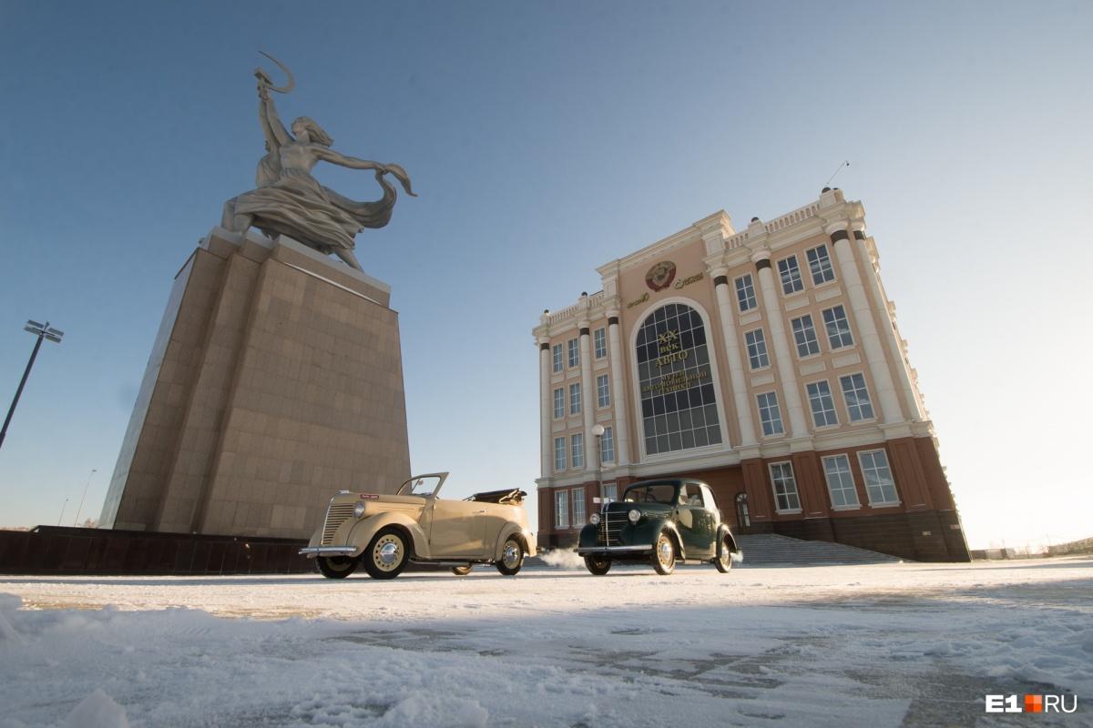 Выпуск КИМа хотели поставить на поток, но в планы вмешалась война и Сталин