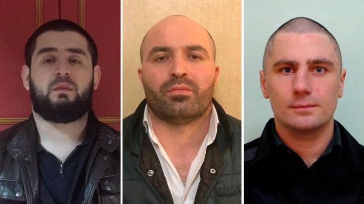 В Екатеринбурге будут судить троих мужчин, которые прикинулись покупателями и угнали машину