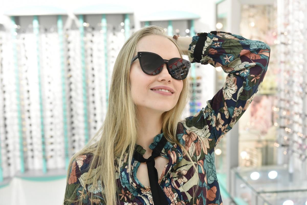 63e51a05e0d4 На Надежде — солнцезащитные очки из последней коллекции итальянской марки  Max Co