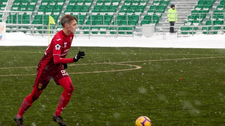 Уфимские футболисты обыграли своих коллег из Питера