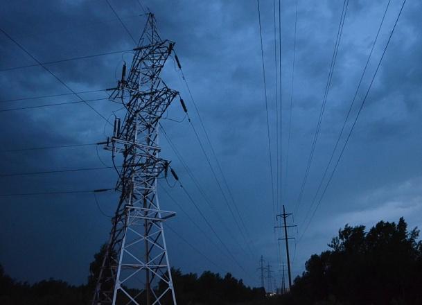 «Нижновэнерго» напомнила о смертельной опасности несогласованных работ вблизи энергообъектов