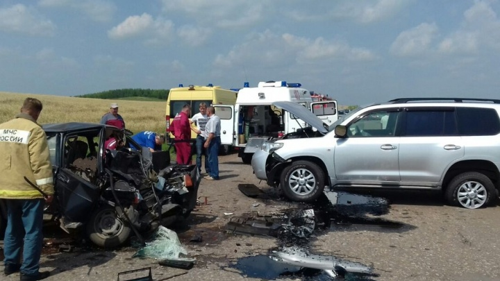 Подробности жуткой аварии в Башкирии: погибла жена водителя
