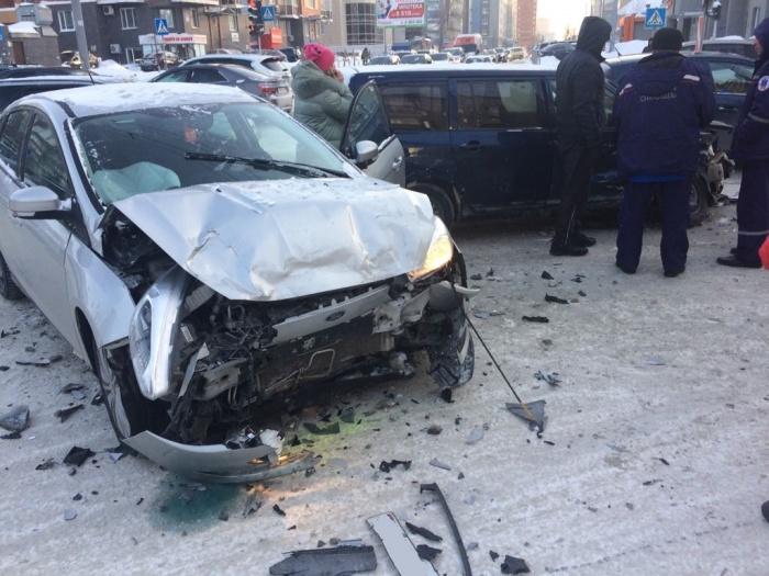 Во время ДТП в «Форде» сработала подушка безопасности