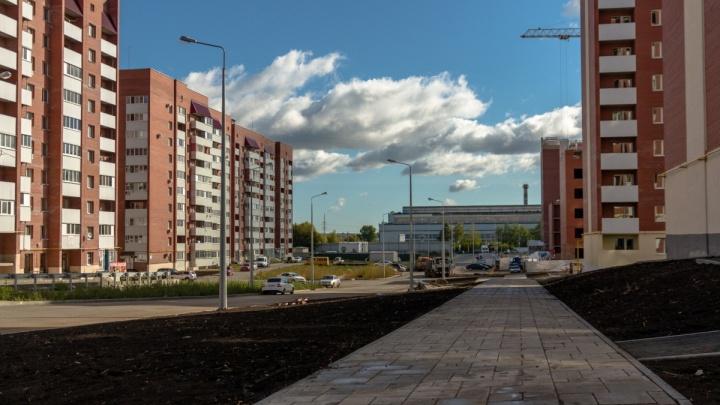 В Новой Самаре построят двухполосную дорогу