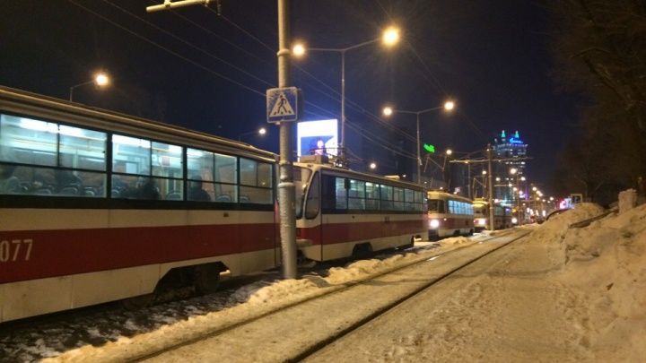 Утром в Самаре встали трамваина Ново-Садовой