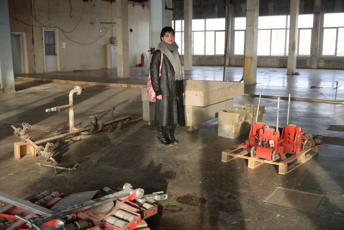 В прошлом году Шаоюй Вэн уже успела побывать на площадкеУральского оптико-механического завода