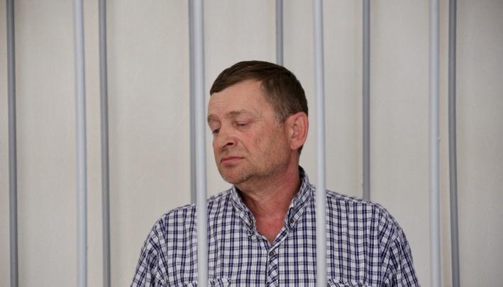 Главврача-депутата, обвиняемого в убийстве жены, оставили в следственном изоляторе до конца января