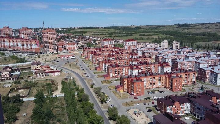 Аквапарк, трасса для гонок и зеленая сцена: в Волгограде создадут первый парк без вырубки деревьев