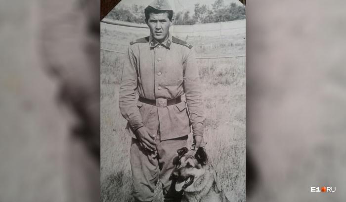 Закир проходил срочную службу в Сосьве, был кинологом в военной части, а потом ушёл в Чечню по контракту