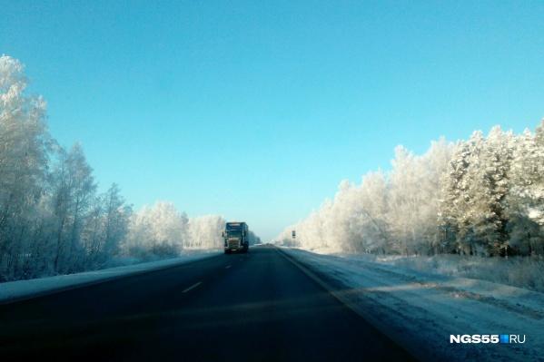 Водителям посоветовали взять с собой тёплую одежду, если они рискнут собраться в дорогу