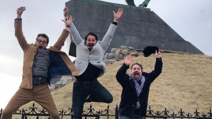Ильдар Абдразаков с друзьями и семьей: оперный певец прогулялся по Уфе