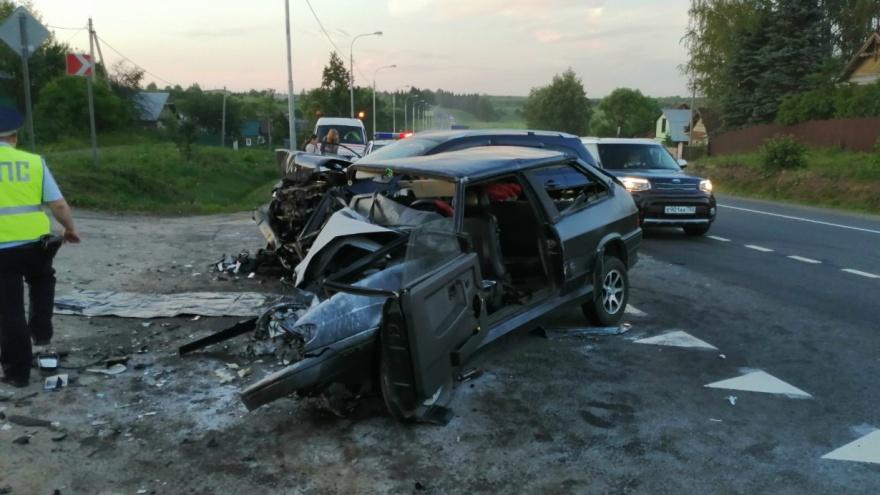 «Разворотило две машины»: на трассе Москва — Ярославль произошло жуткое ДТП